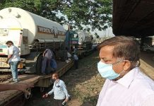 Oxygen Express came from Bokaro with two tankers to Lucknow